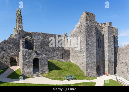 Wales, Glamorgan, Gower Peninsula, Mumbles, Oystermouth Castle - Stock Photo