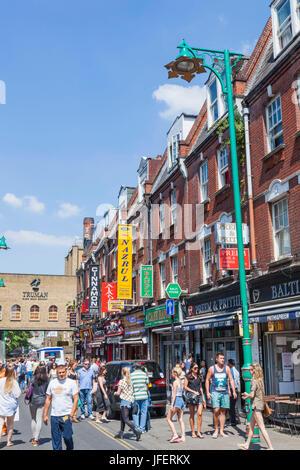 England, London, Tower Hamlets, Brick Lane, Street Scene - Stock Photo