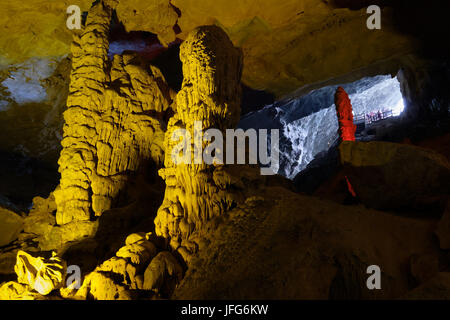 Thien Cung Cave in Halong Bay, Vietnam, Asia - Stock Photo