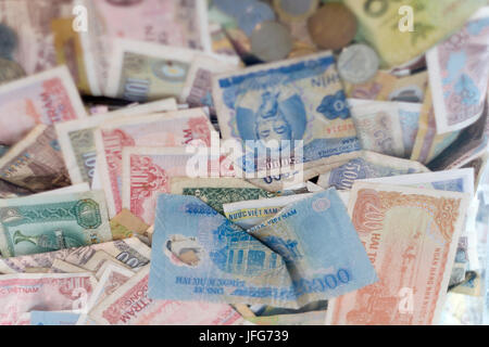 Vietnamese đồng currency - Stock Photo