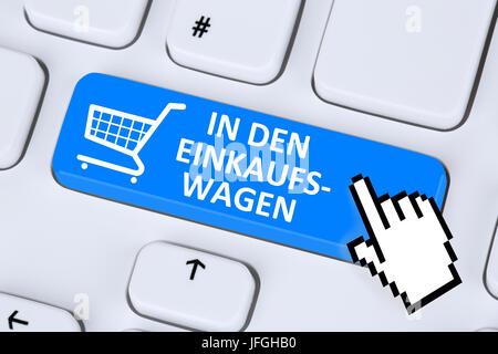 In den Einkaufswagen online Shopping einkaufen bestellen im Internet - Stock Photo