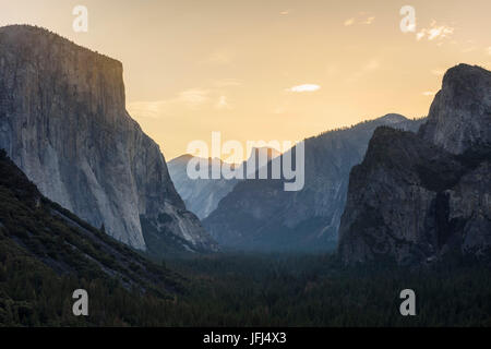 Tunnel View Yosemite national park, the USA, California - Stock Photo