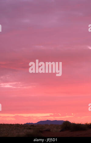 Africa, Namibia, NamibRand Nature Reserve, evening heaven in the Namib, - Stock Photo