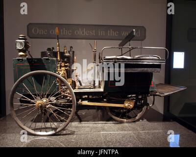 1887 De Dion-Bouton et Trépardoux steam quadricycle - Stock Photo
