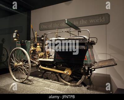 1887 De Dion-Bouton et Trépardoux steam quadricycle p2 - Stock Photo