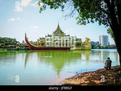 Yangon, Myanmar - Oct 16, 2015. View of Karaweik Hall, a palace on the eastern shore of Kandawgyi Lake, Yangon, - Stock Photo