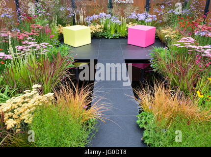 Hampton Court, England, UK. 3rd July, 2017. The Colour Box show garden designed by Charlie Bloom and Simon Webster, - Stock Photo