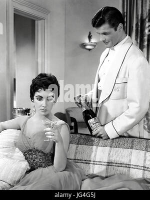 THE LAST TIME I SAW PARIS 1954 MGM film with Elizabeth Taylor and Roger Moore - Stock Photo