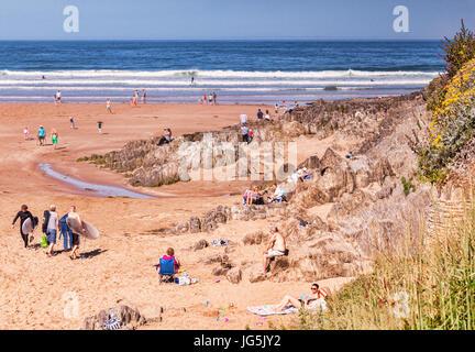 17 June 2017: Woolacombe, North Devon, England, UK - People enjoy the sunshine on one of the hottest days of the - Stock Photo
