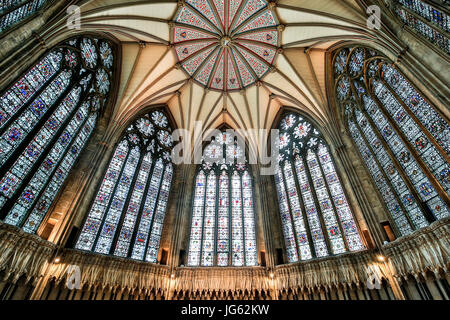 Ceiling and stained glass windows, Chapter House, York Minster (The Cathedral and Metropolitical Church of Saint - Stock Photo