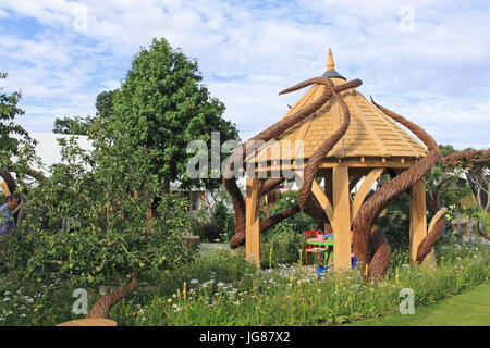 Blind Veterans UK 'It's All About the Community Garden', designed Andrew Fisher Tomlin and Dan Bowyer. Gold Medal. - Stock Photo