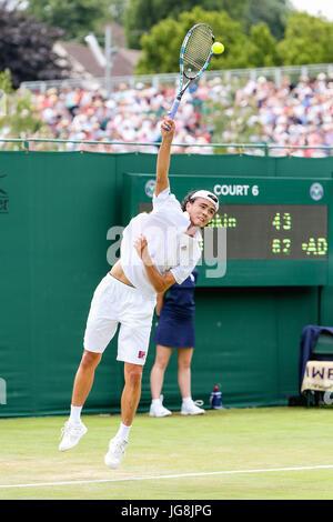 London, UK. 4th July, 2017. Taro Daniel (JPN) Tennis : Taro Daniel of Japan during the Men's singles first round - Stock Photo
