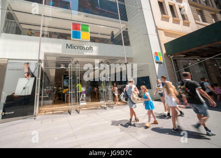 The Microsoft flagship store on Fifth Avenue in New York, on Friday, June 30, 2017. Microsoft is reported to be - Stock Photo