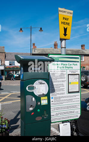 Short stay ticket machine Market Place Thirsk North Yorkshire England UK United Kingdom GB Great Britain - Stock Photo