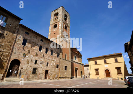 Palazzo Pretorio and cathedral, Colle di Val d'elsa, Tuscany, Italy - Stock Photo