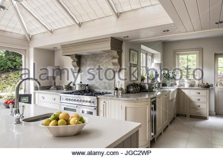 kitchen conservatory extension in surrey home stock photo - Kitchen Conservatory