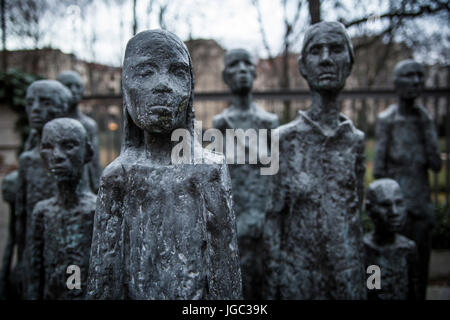 Memorial on the site of the former Jewish retirement home, Berlin - Stock Photo