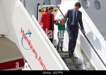 Der kanadische Premierminister Justin Trudeau (r), seine Ehefrau Sophie Gregoire (l) und ihr jüngster Sohn Hadrien - Stock Photo