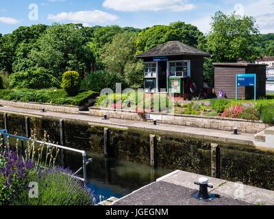 Goring Lock, River Thames, Goring-on-Thames, Oxfordshire, England - Stock Photo
