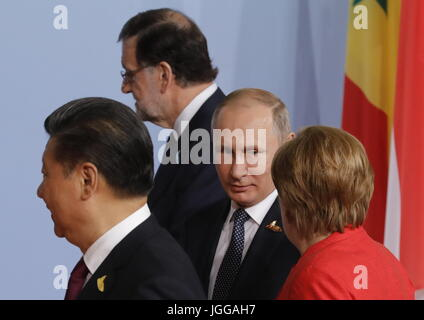 Hamburg, Germany. 7th Jul, 2017. China's President Xi Jinping, Russia's President Vladimir Putin, and Germany's - Stock Photo