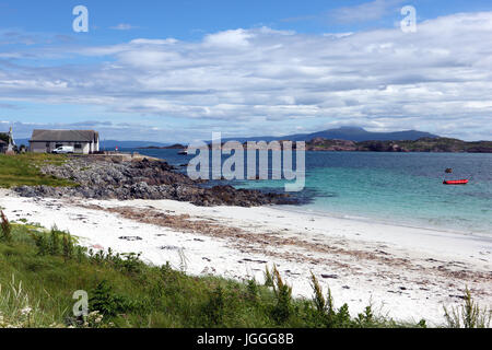 Martyr's Bay on Iona with a view to the Isle of Mull, Inner Hebrides, Scotland - Stock Photo