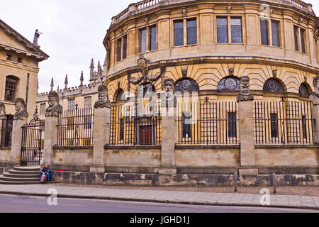Universities of Oxford,Centre of Learning,Libraries,Gardens,Buildings,Accomodations,Coutyards,Oxford,Oxfordshire,UK - Stock Photo