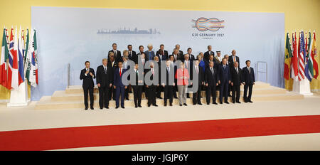 Hamburg, Germany. 7th Jul, 2017. A view of the family photo during the first day of the G20 leaders summit in Hamburg, - Stock Photo