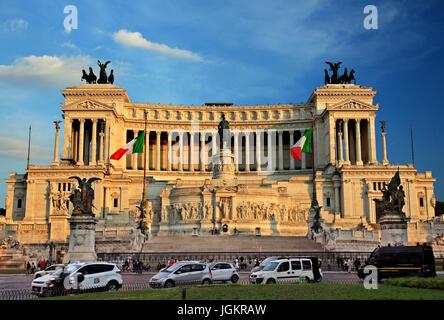 The Altare della Patria ('Alter of the Fatherland'),  also known as the 'Monumento Nazionale a Vittorio Emanuele - Stock Photo