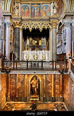Inside the Arcibasilica di San Giovanni in Laterano (Archbasilica of St. John in Lateran), Rome, Italy. - Stock Photo