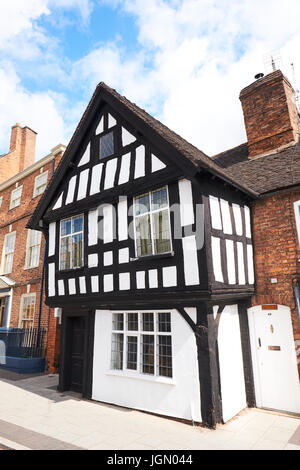 Tudor Cottage, Welsh Row, Nantwich, Cheshire, UK - Stock Photo