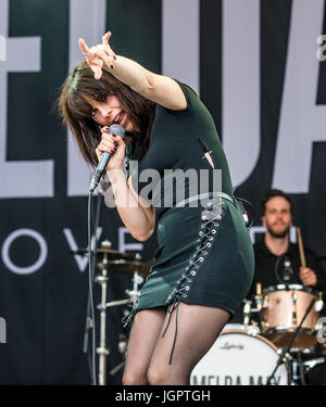 Cornbury Festival 2017 Great Tew Oxfordshire UK. 9th Jul, 2017. Imelda May performing on the Pleasent Valley stage. - Stock Photo