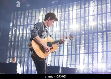 Vancouver, Canada. 8th Jul, 2017. Shawn Mendes Illuminate Tour at Rogers Arena in Vancouver, BC on July 8th 2017 - Stock Photo