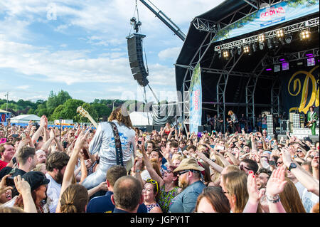 Coventry, UK. 9th July, 2017.  The annual Coventry Godiva Music Festival took place over the weekend with huge crowds - Stock Photo
