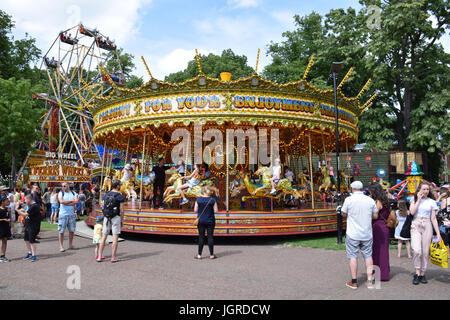 Funfair, Chapelfield Gardens, Norwich UK - Stock Photo