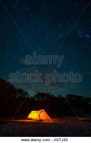 A campsite on Indian Key beach in Everglades National Park. - Stock Photo