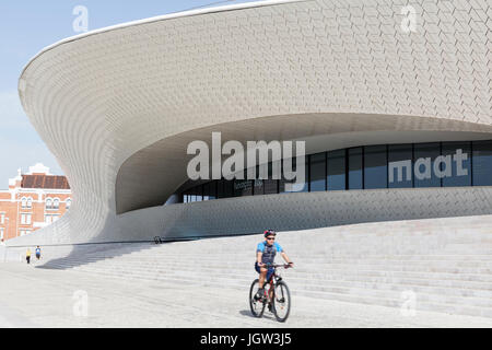 MAAT, the Museum of Art, Architecture and Technology in Lisbon, Portugal. - Stock Photo