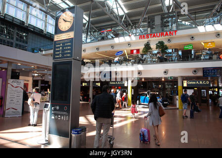 hamburg airport germany