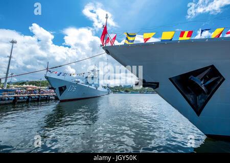 Ngong Shuen Chau Naval Base, Hong Kong  - June 9, 2017 : Yinchuan (number 175) missile destroyer visited Hong Kong - Stock Photo