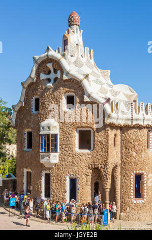 Barcelona Catalunya Park Guell barcelona parc guell barcelona porters lodge casa del guarda tourists queuing Barcelona - Stock Photo
