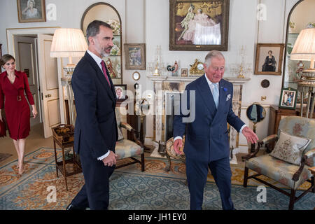 The Prince of Wales meets King Felipe VI and Queen Letizia of Spain at Clarence House, London during the King's - Stock Photo