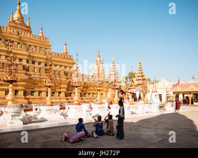 Shwezigon Pagoda, Nyaung-U, near Bagan (Pagan), Mandalay Region, Myanmar (Burma), Asia - Stock Photo