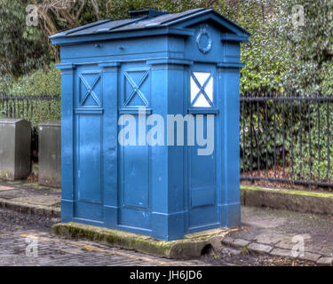 Edinburgh police box telephone Tardis not converted in very good condition near the French consulate - Stock Photo