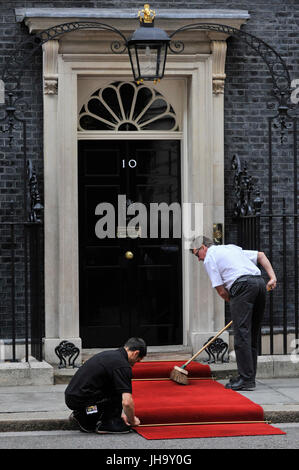 London, UK. 13th July, 2017. The red carpet is rolled out as King Felipe V1 of Spain, on a State Visit to the UK, - Stock Photo