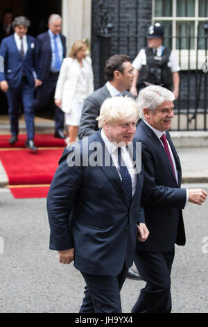 London, UK. 13th July, 2017. Boris Johnson MP, Secretary of State for Foreign and Commonwealth Affairs, and Alfonso - Stock Photo