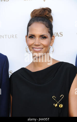 Los Angeles, USA. 13th July, 2017. Halle Berry. Chivas Regal ''The Final Pitch'' held at the LADC Studios in Los - Stock Photo