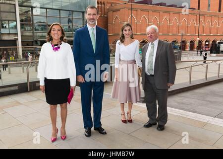 London, UK. 14th July, 2017. Their Majesties, King Felipe VI of Spain and Queen Letizia visit the Francis Crick - Stock Photo