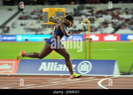 Deja Young (USA) wins her heat of the womens 200m T47. World para athletics championships. London Olympic stadium. - Stock Photo