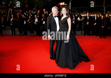 CANNES, FRANCE - MAY 21: Dustin Hoffman and Lisa Gottsegen attend 'The Meyerowitz Stories' premiere during the 70th - Stock Photo