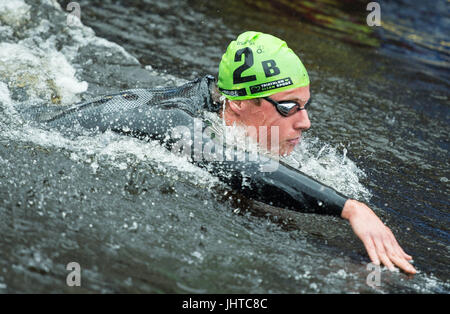 Hamburg, Germany. 16th July, 2017. The Australian triathlete Matthew Hauser swims in the river Alster at the ITU - Stock Photo