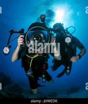 U.S. sailors conduct underwater scuba photography training at the Naval Station Guantanamo Bay February 7, 2017 - Stock Photo
